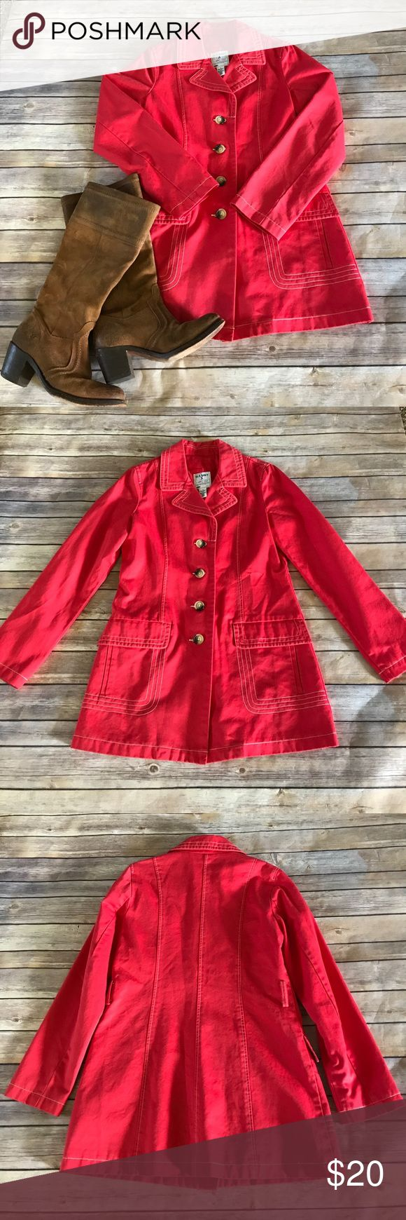"""Old Navy red twill coat Fun Old Navy red twill trench coat in EUC. Measures 30"""" in length, no signs of wear. Make an offer or bundle and save! Old Navy Jackets & Coats Trench Coats"""