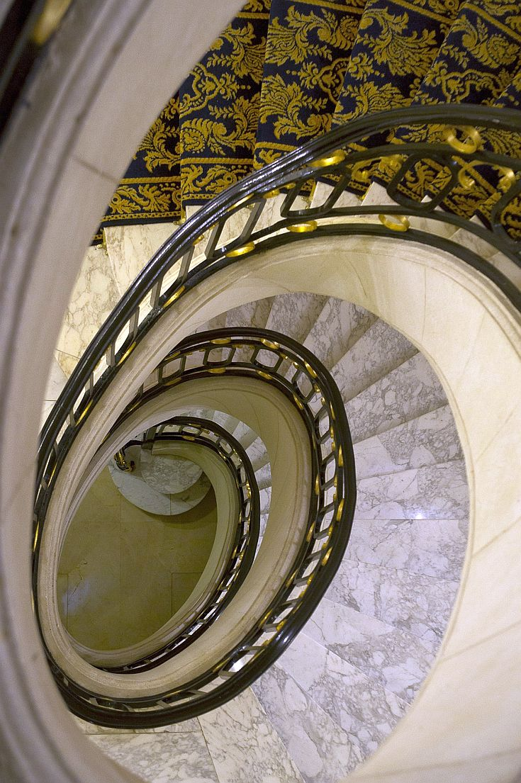 Alvear palace Argentina -staircase.