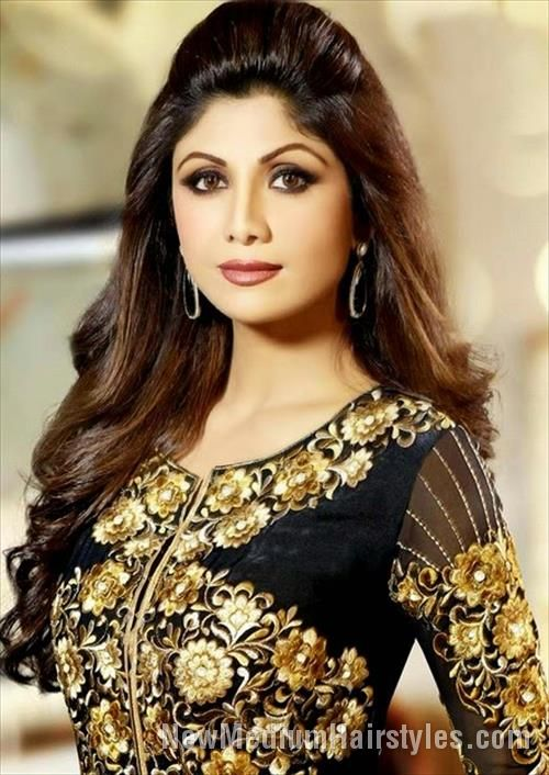 nice Best Shilpa Shetty Hairstyles for Girls //  #Best #Hairstyles #Shetty #Shilpa