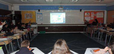Educación Cívica: Estudio analiza su importancia en currículo