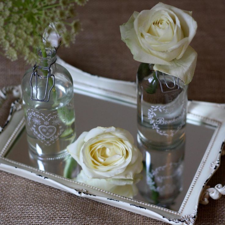 Table Mirrors And Its Benefits : Table Centre Mirrors.