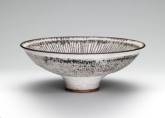 Bowl  Lucie Rie  (British (born Austria), Vienna 1902–1995 Londin)  Date: ca. 1975–86