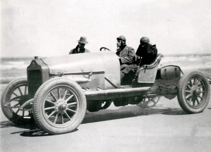Racing on Seven Mile Beach Gerringong in the 1920's