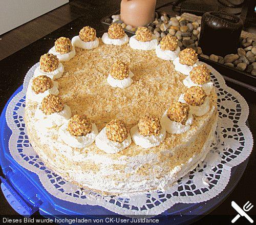 Sahnige Giotto Torte, ein schmackhaftes Rezept aus der Kategorie Torten. Bewertungen: 120. Durchschnitt: Ø 4,4.