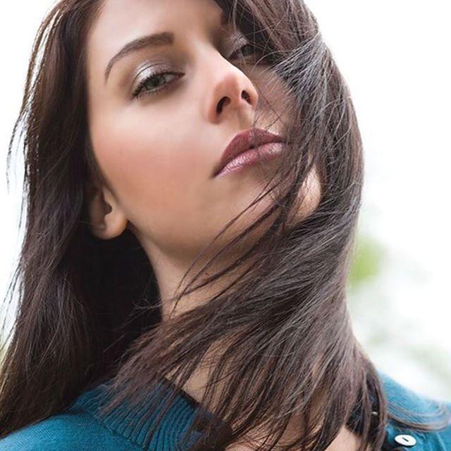 #sexy #beautiful #girls #woman #women #girl #nice #pretty #bieber #kardashian #beautiful @marine.artiste3177 #woman #hot #F4F #sexy