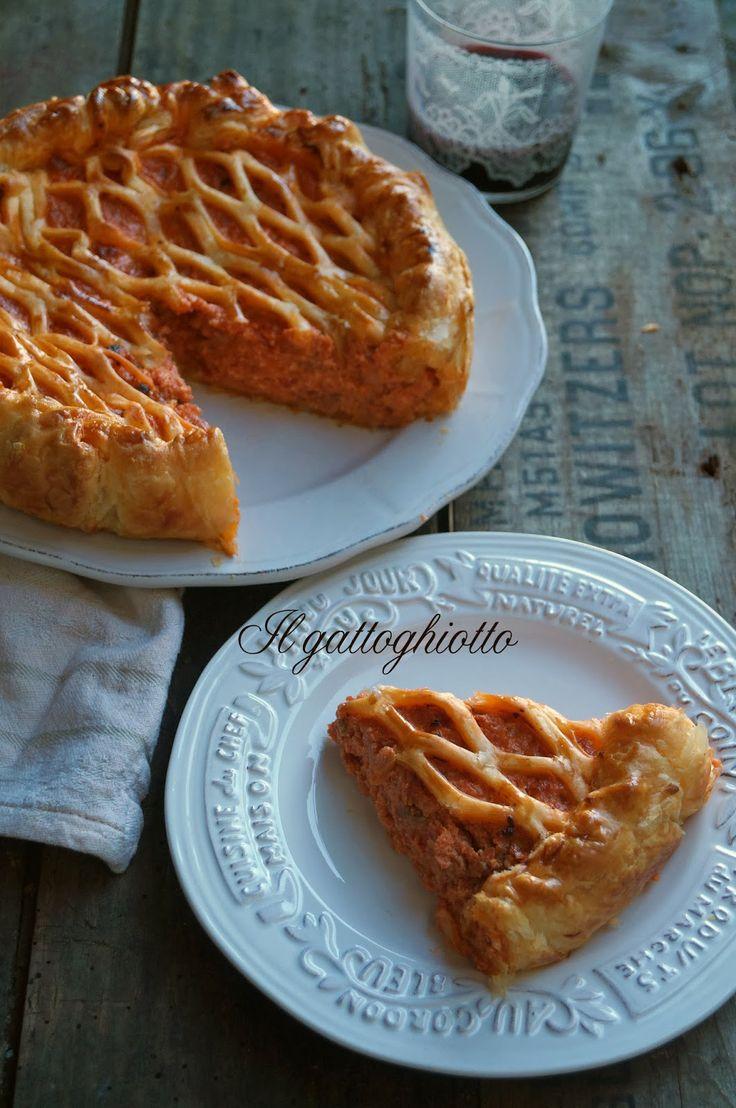 Torta rustica con salsiccia e ricotta / Rustic pie with sausage and ricotta