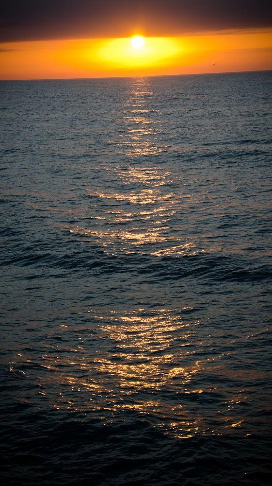Girls in Myrtle Beach south Carolina | Myrtle Beach, South Carolina Sunrise