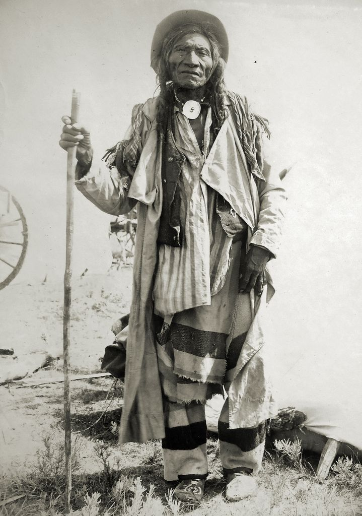 Bill Jones- Grosventre Indian. Photo taken at Fort Belknap, Montana, 1899.