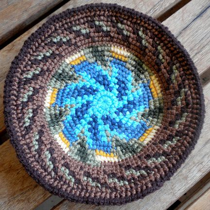 Wow, what beautiful tapestry crochet bowls!  Wendy doesn't use a pattern, either!