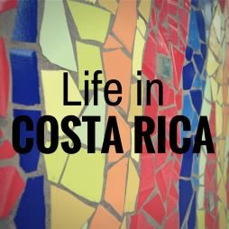 Life in Costa Rica - pretty good blog with travel tips