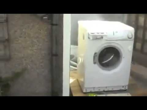 LOL i can't stop laughing at this  Harlem Shake - Dryer Edition