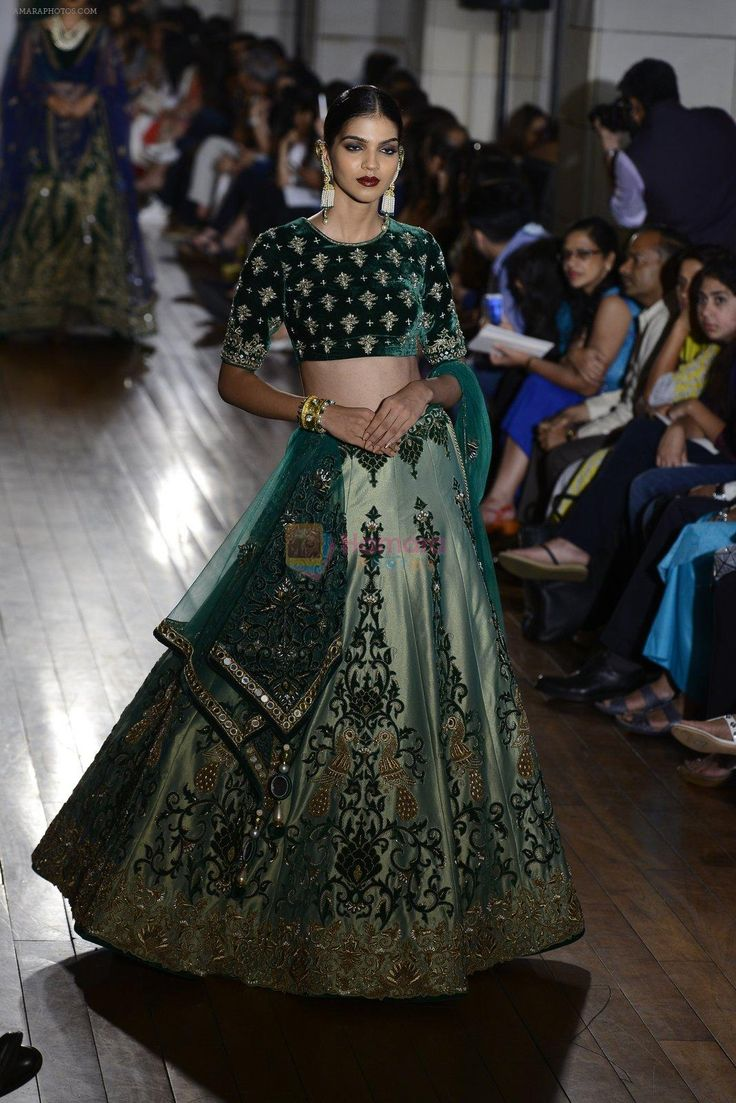 Model walks for Manav Gangwani latest collection Begum-e-Jannat at the FDCI India Couture Week 2016 on 24 July 2016 / FDCI India Couture Week - Bollywood Photos