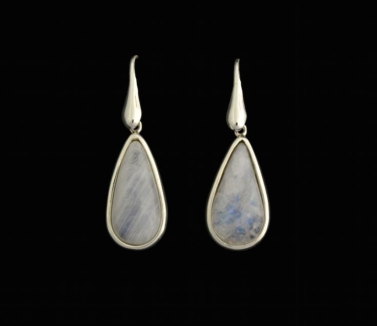 #moonstone #silver #earrings #handmade #fine #jewellery