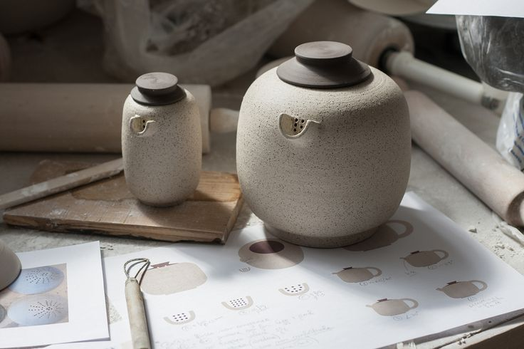 Terra, tea set designed by Michela Voglino and manufactured by Studio Ceramico Giusti. Hand turned ceramic tea set, including white porcelain cups with grès strainers and lids, a teapot and a tasting cup. The project is part of the collection Quattromani - Design Meets Artisans 2017.