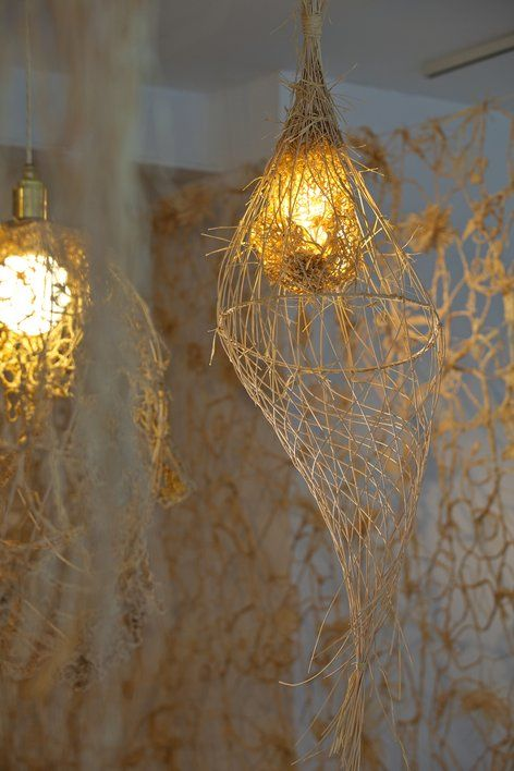 #light, #lace, #straw                                                                                 The Lacemaker: http://tordboontje.com/projects/installations/lacemaker/