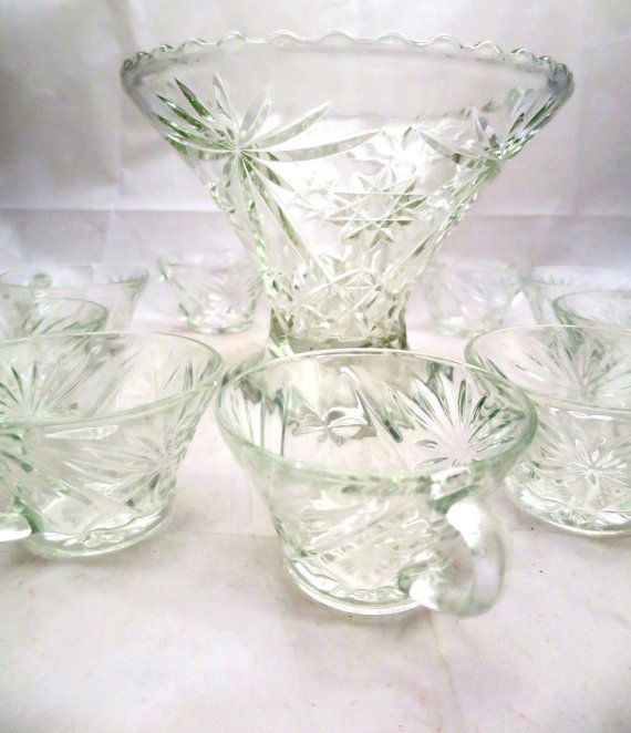 Prescut Glass Punch Bowl Set w/ 10 Cups Anchor Hocking Early American Prescut Pattern Size: Bowl = 9 inches top diameter 7 inches high Cups =