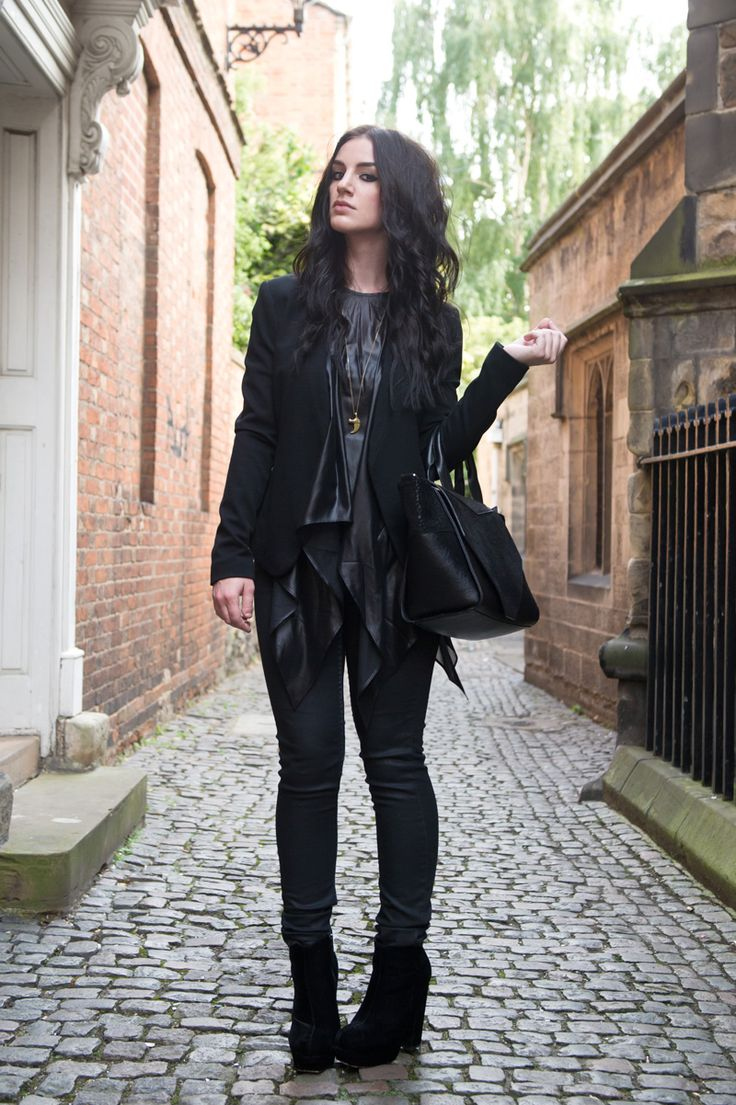 Fashion blogger Stephanie of FAIIINT wearing Topshop at Outfit collarless blazer, ASOS wet look draped asymmetric top, Topshop coated jeans, Stylistpick velvet boots, Bracher Emden classic tote bag. All black everything, street style, outfit of the day