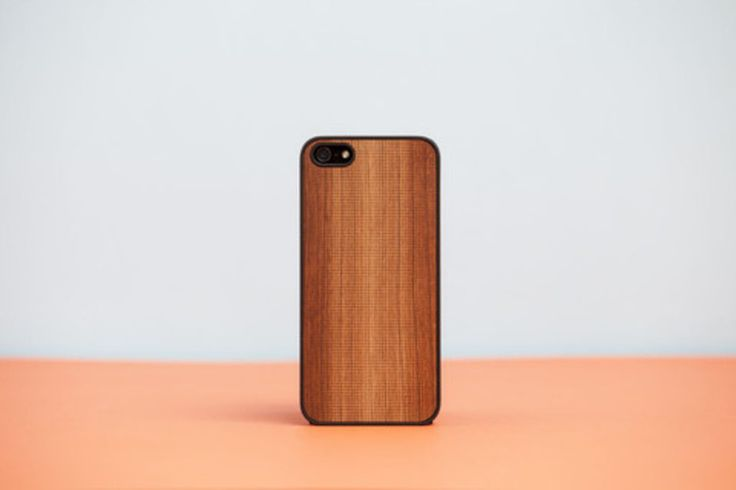 Cover iPhone- snap-on- with real wooden back - Cherry Wood Laser engraving. The  packaging in beechwood can be used as stander for iPhone or iPad Made in Italy