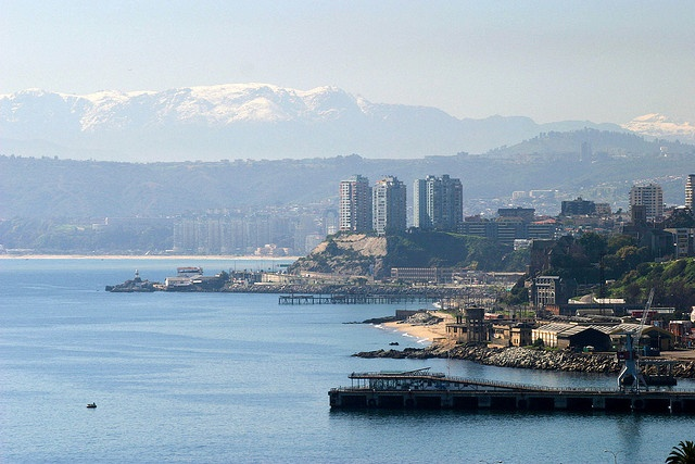 sea coast with the Andes Mountains in the background, Vina del Mar, Chile.  Photo: hubertguyon, via Flickr