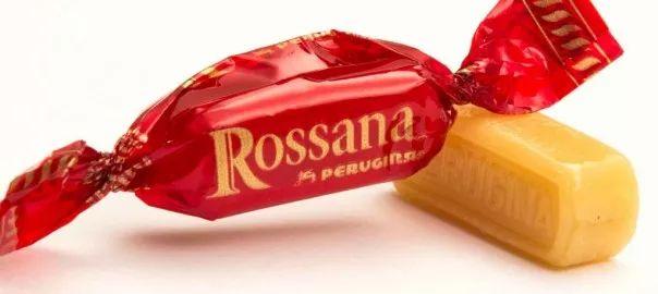 """Liquore Rossana Bimby, il liquore da preparare con le deliziose caramelle Rossana :) Un sapore d'infanzia con un po' d'alcol da """"grandi"""" :) Ingredienti:..."""