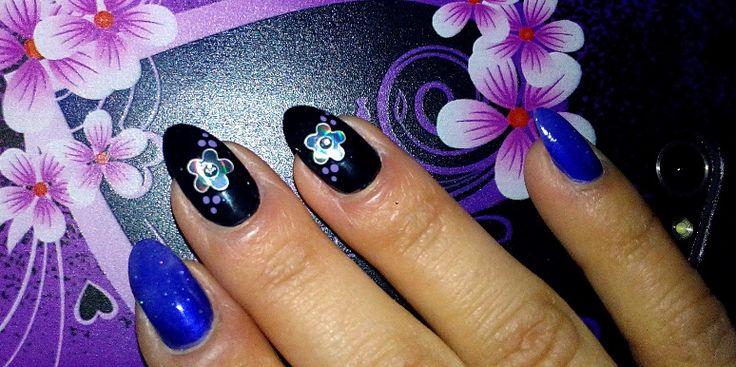 nail art fiori effetto specchio e sfumature viola2