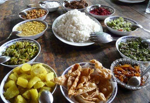invite-to-paradise-sri-lanka-maldives-holiday-honeymoon-sri-lankan-food-rice-and-curry.jpg