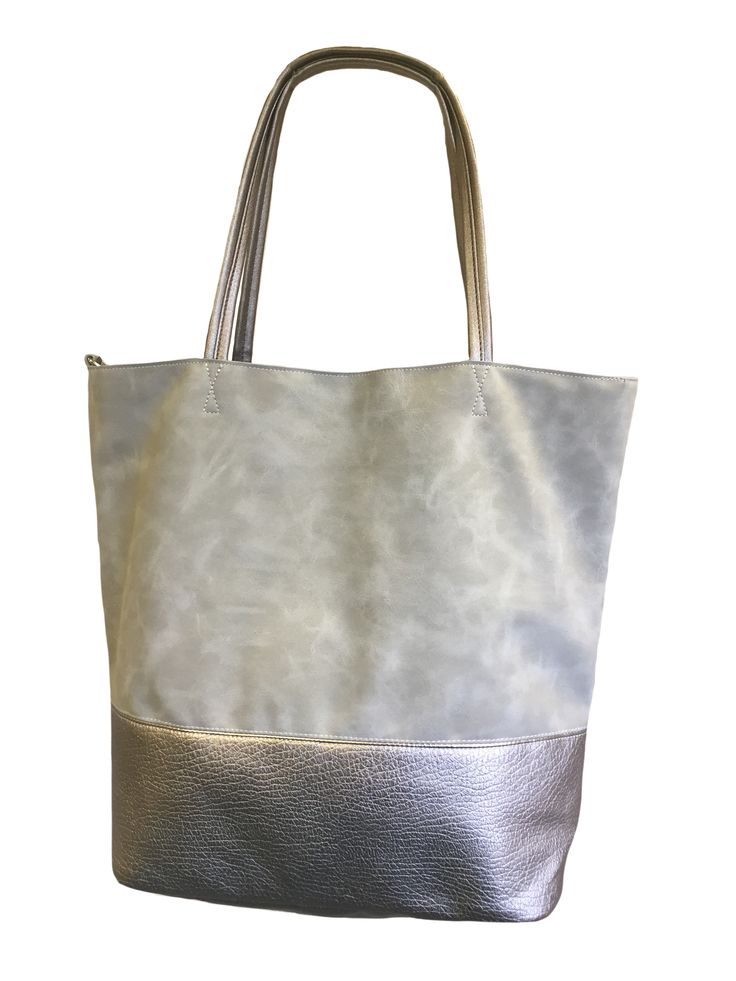 Hem&Edge marl effect leather bag with contrast panel #lightgrey 100% synthetic 39h (+22handle) x 43w x 16d (at base) cm #glamorousgreys #bag #accessories #onebutton #hemandedge Click to see more products from the One Button shop.