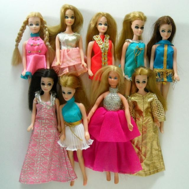 Dawn dolls- had these when I was a kid. luv them