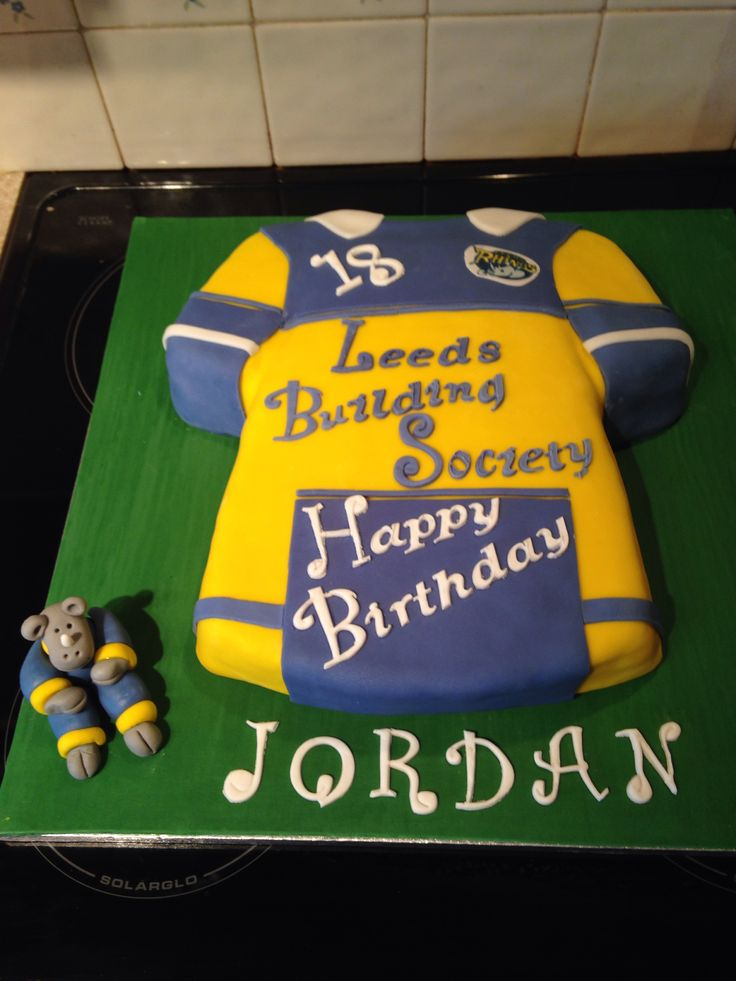 Cake Decorating Company Leeds : 17 Best images about Leeds rhinos cake on Pinterest ...