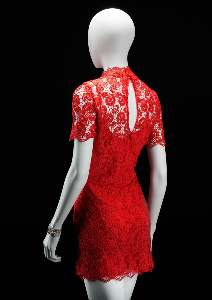 AEGON Collection by More Mannequins #FemaleMannequin #HighFashion #lace