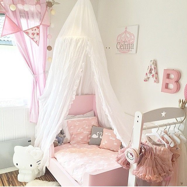 sweetness in pink/white..