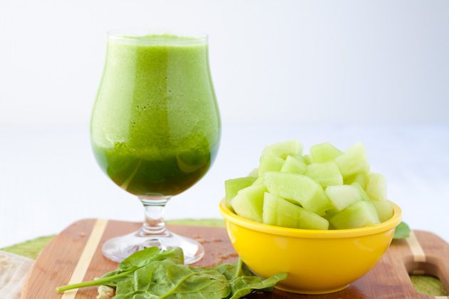 vegan green energy smoothies {just under 96 calories per serving}