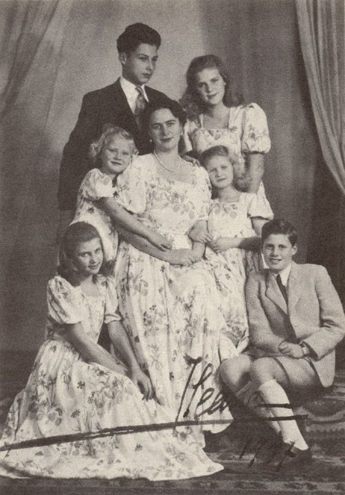 Ileana with her complete family.  Clockwise from top:  Archduke Stefan, Archduchess Maria Ileana, Archduchess Maria Magdalena, Archduke Dominic, Archduchess Alexandra, and Archduchess Elisabeth.  Love how mother and daughters are dressed alike.  Judging from the ages of the children this photo was probably taken right before or soon after the fall of the Romanian monarchy in 1947.