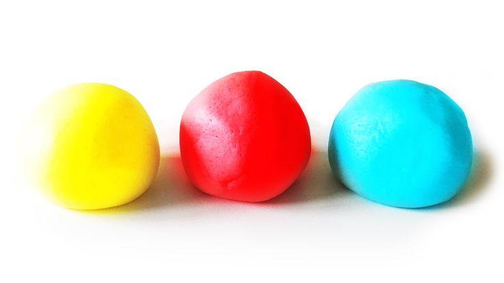 How To Make Playdough - Quick Play Doh Recipe