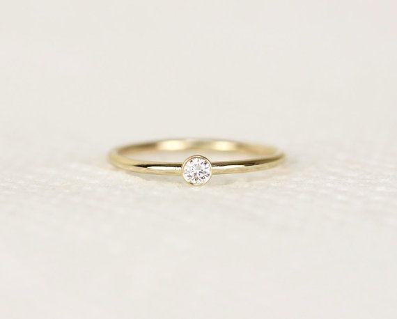 Runde Diamant-Verlobungsring In 14k Solid Gold von KHIMJEWELRY