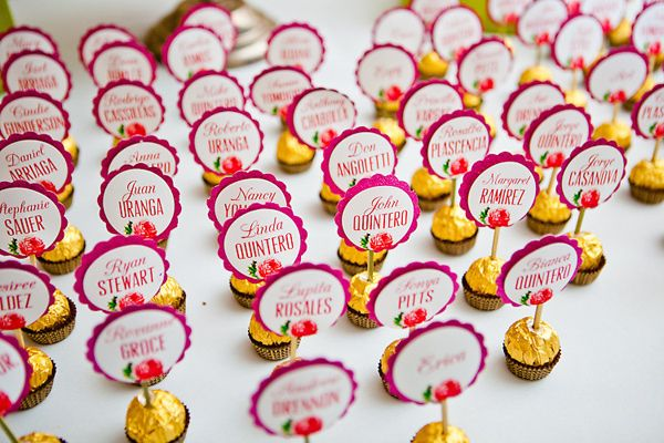yummy seating cards // photo by TheGoodness.com