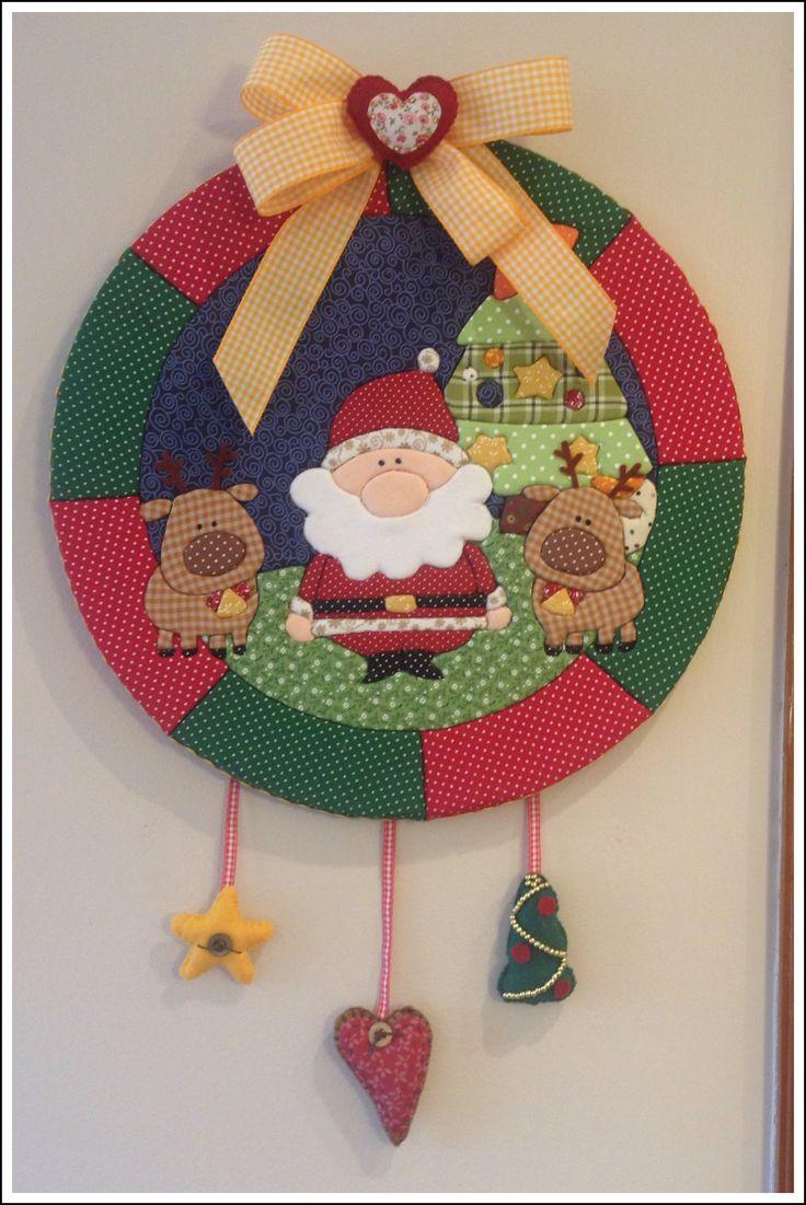"""""""Guirlanda de Natal - Patchwork Embutido 2"""" (Christmas Wreath) - by Patricia Wong                                                                                                                                                      Más"""
