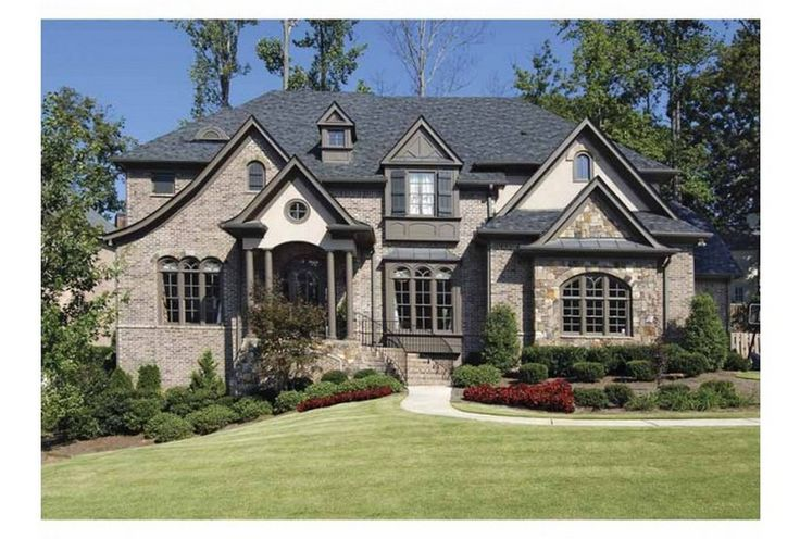 nice Stone and Brick Exterior Home Design: 99 Awesome Pictures http://www.99architecture.com/2017/02/27/stone-and-brick-exterior-home-design-99-awesome-pictures/