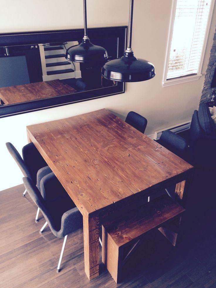 Table et bancs en bois
