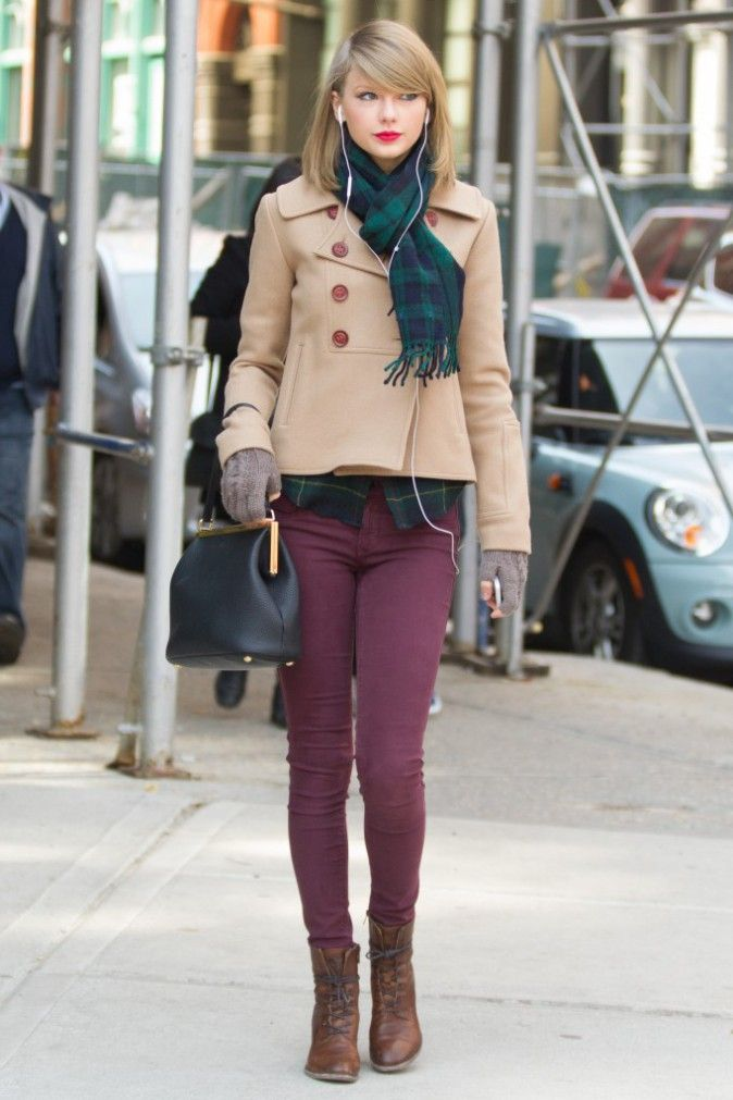 taylor swift fall outfit - maroon and plaid