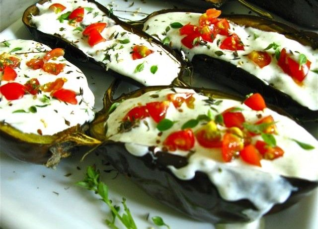 Coco's Bread & Co – Eating Healthy - Roasted Eggplants with Yogurt Sauce and Cherry Tomatoes