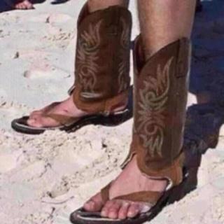Cowboy flip flops!: At The Beaches, Be- Cowboys, Texas, Funny, Flip Flops, Sandals, Tans Line, Cowboys Boots, Rednecks