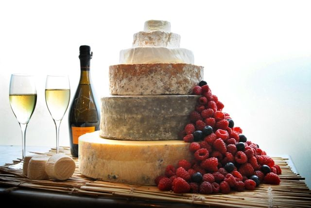 Love the simplicity of the berries and cheese