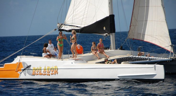 We love sailing along Barbados' beautiful west coast with Bolador Tours on a personalised catamaran cruise!