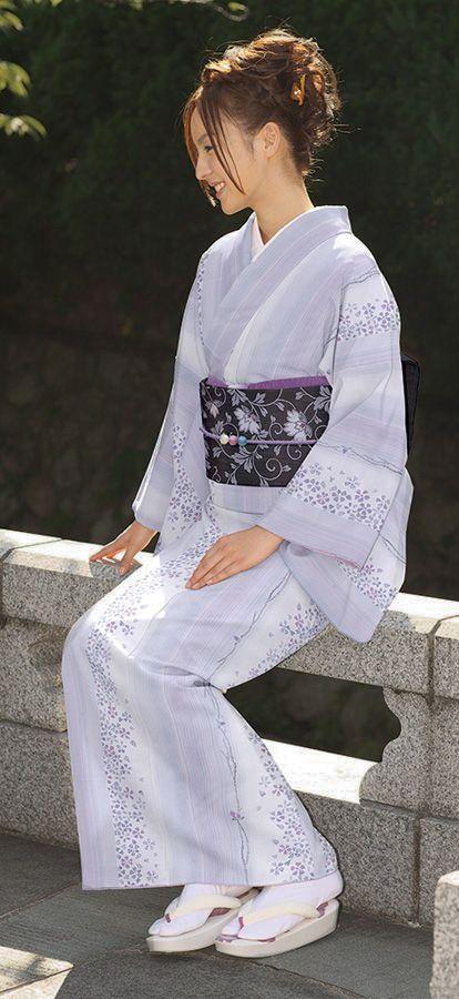 Modeling contemporary kimono. Japan