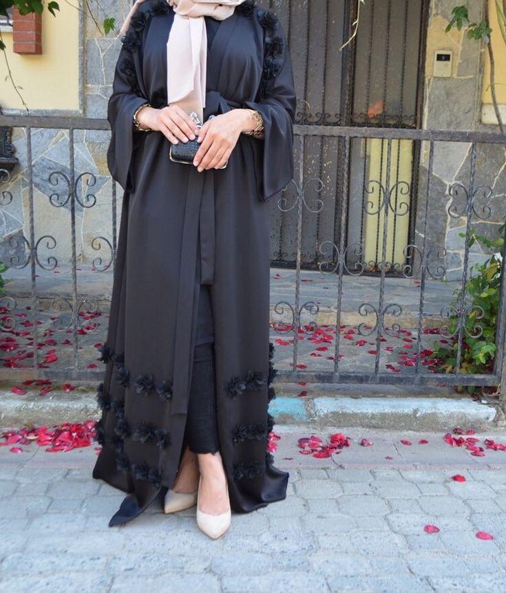 Black #EsteeAudra #abaya