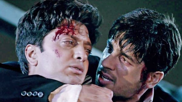 *Ek Villain* First Meeting | Riteish Deshmukh and Sidharth Malhotra | Ek Villain is a study in contrasts. It is also a reminder that each of us has the capacity to be the villain or hero in someone's life http://www.fallinginlovewithbollywood.com/2014/06/a-wretched-hive-of-scum-and-villainy-another-ek-villain-film-review-.html