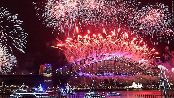 iPhone 7 Photos Highlight New Year's Eve Festivities Around the World  #Tag:ShotoniPhone #news
