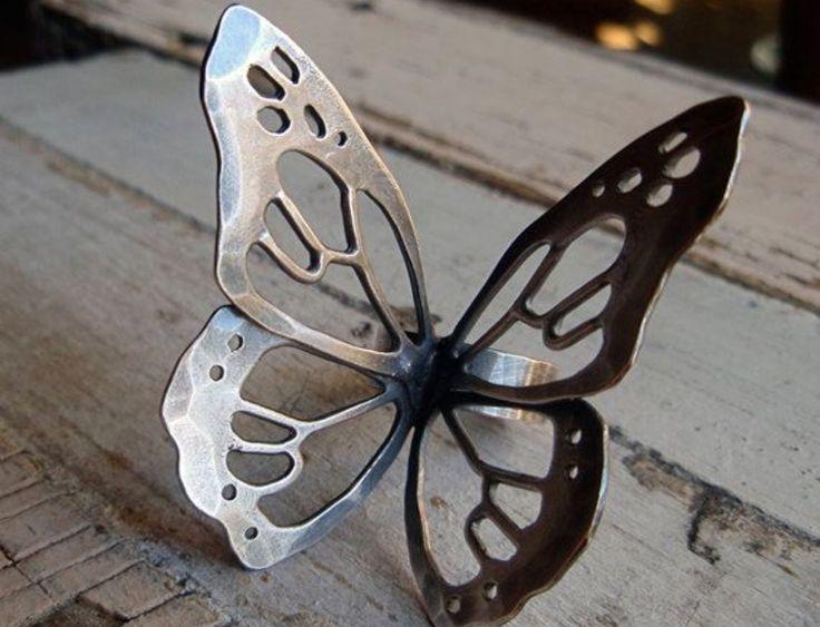 Hermosa Mariposa de plata
