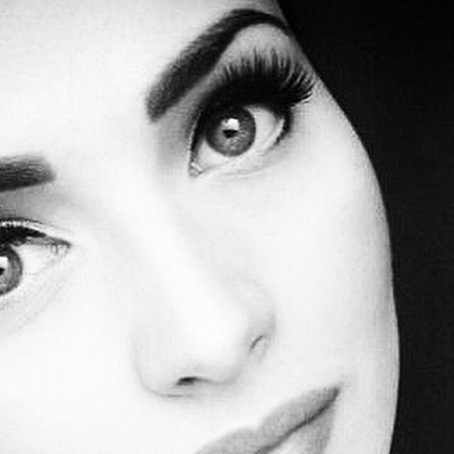 Volyymiripset by Xtreme Lashes. #ripset #ripsienpidennys. Beautiful, voluminous lashes. #Volumation.